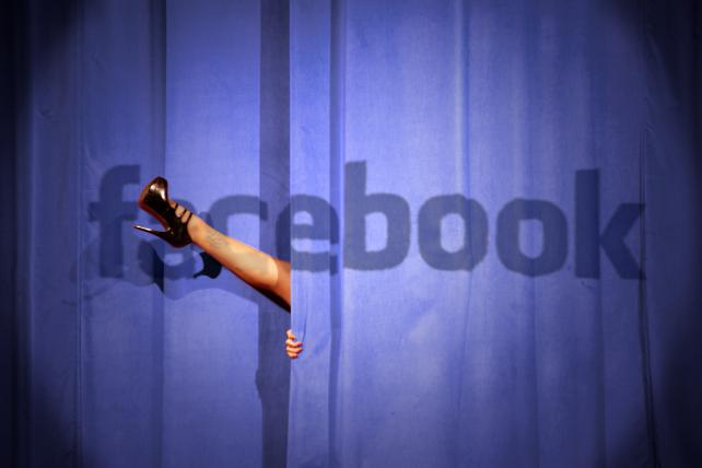Facebook 'sorry' after new bug exposes millions of photos