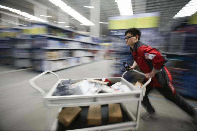 Google will invest $550 million in Chinese e-commerce site JD.com