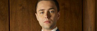 Is Vincent Kartheiser anything like Mad Men's Pete Campbell?