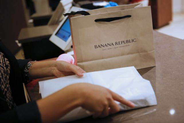 Banana Republic has tested the new service from Oracle and Visa.