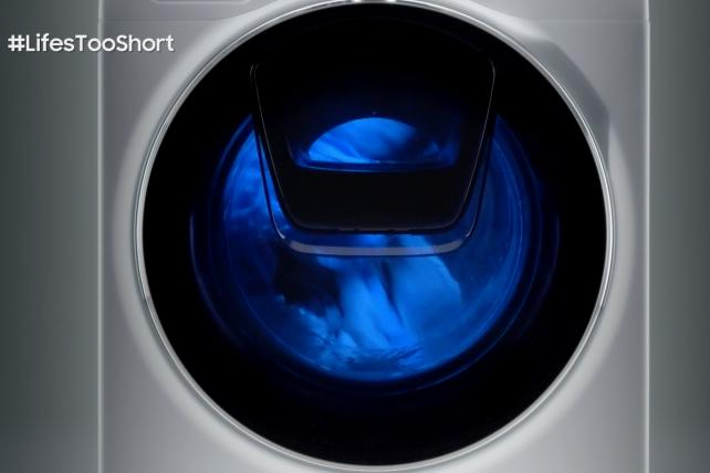 This TV Ad Shows Nothing But a Washing Machine Working -- For More Than Three Minutes