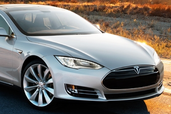 Chinese Are Excited About Tesla's Model S Launch In April