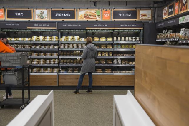 Amazon may open up to 3,000 cashierless stores by 2021