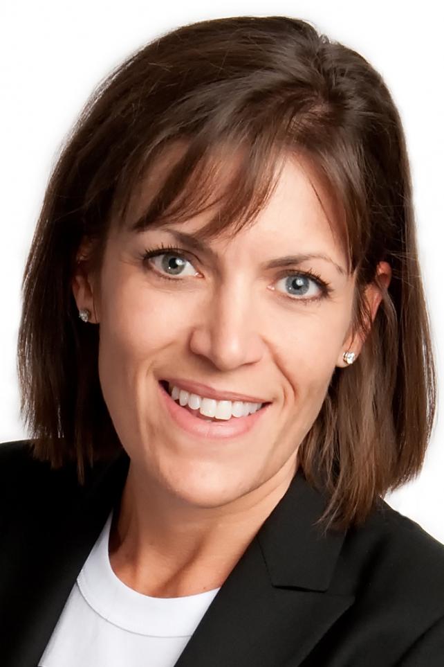 Coca-Cola Promotes Wendy Clark, Creates Global Sparkling Brand Center
