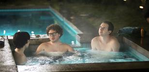 Mentos Stay Fresh - Hot Tub