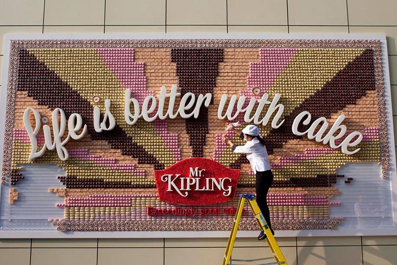 Mr. Kipling Edible Cake Poster