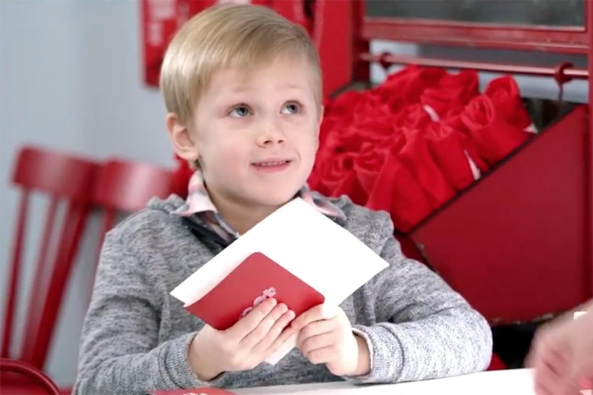 Radio Flyer Kids Travel Agency (Video)