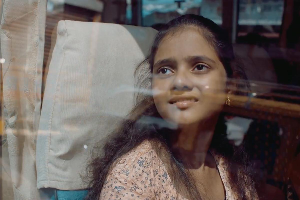 p g 39 s vicks centers a spot on a transgender indian mother and her adoptive daughter video. Black Bedroom Furniture Sets. Home Design Ideas